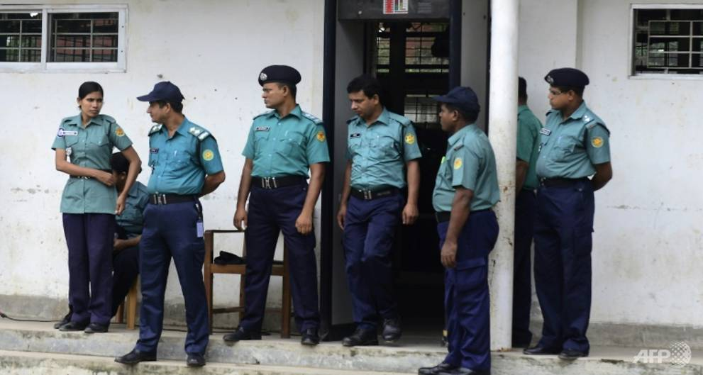 Bangladesh graft hotline gets 75,000 calls in first week