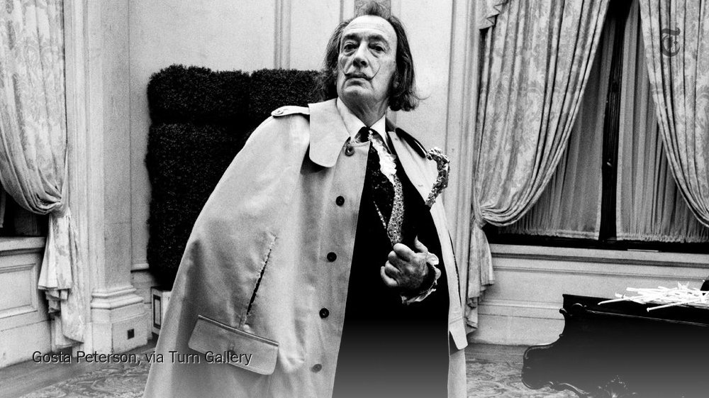 Salvador Dali in 1971. The photographer Gosta Peterson has died at 94. https://t.co/YYwPU2bmbA https://t.co/PA3ClpRAgE