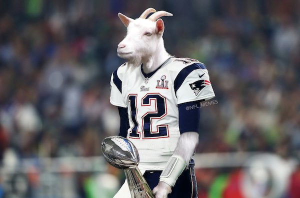 Happy birthday to the GOAT and the reason I became a fan as a kid 15 years ago, Tom Brady!!