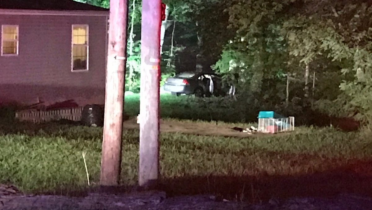 2 juveniles, 1 adult hospitalized after Kenton County crash
