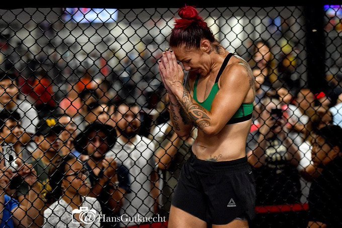 Criscyborg: Happy 40th birthday Tom Brady QB of the Patriots from all of and the fans of the ufc!