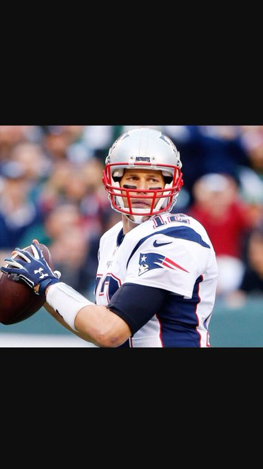 Happy 40th birthday to the G.O.A.T....Tom Brady