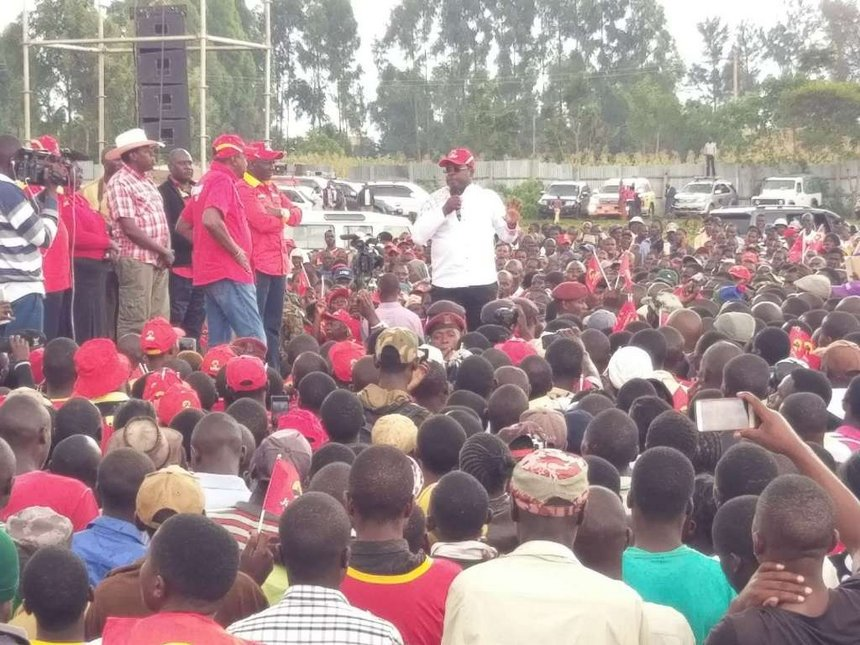Don't gamble, reelect me to develop, Uhuru tells Bungoma voters