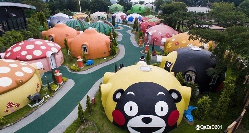#اليابان الأنظار بمنطقة سياحية يابانية