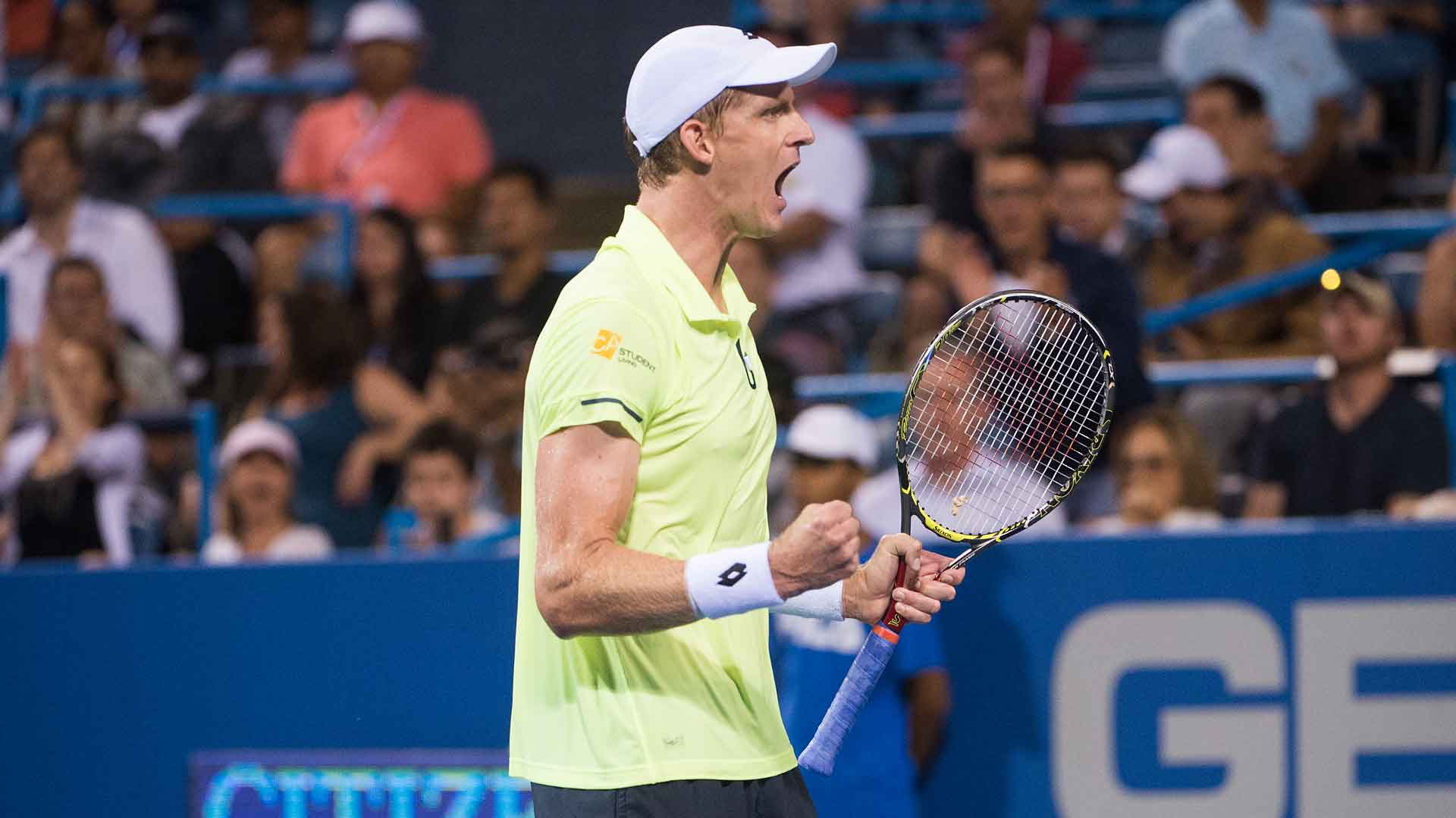 Watch Hot Shot as @KAndersonATP cleans the lines vs. #Thiem at @CitiOpen. https://t.co/c3Eu3W6Jjo #atp #tennis https://t.co/u6vyYUl74u