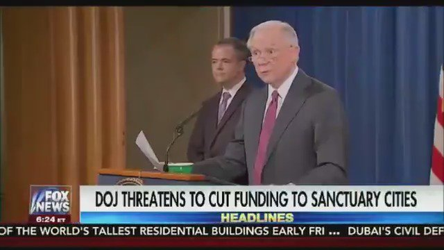 DOJ threatens to cut funding to 4 sanctuary cities https://t.co/7LdEQuHUEA