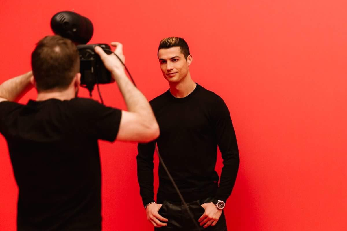 Coming soon! #CR7Fragrance #MyFragranceYourGame �������� https://t.co/wVlHjFhbFm