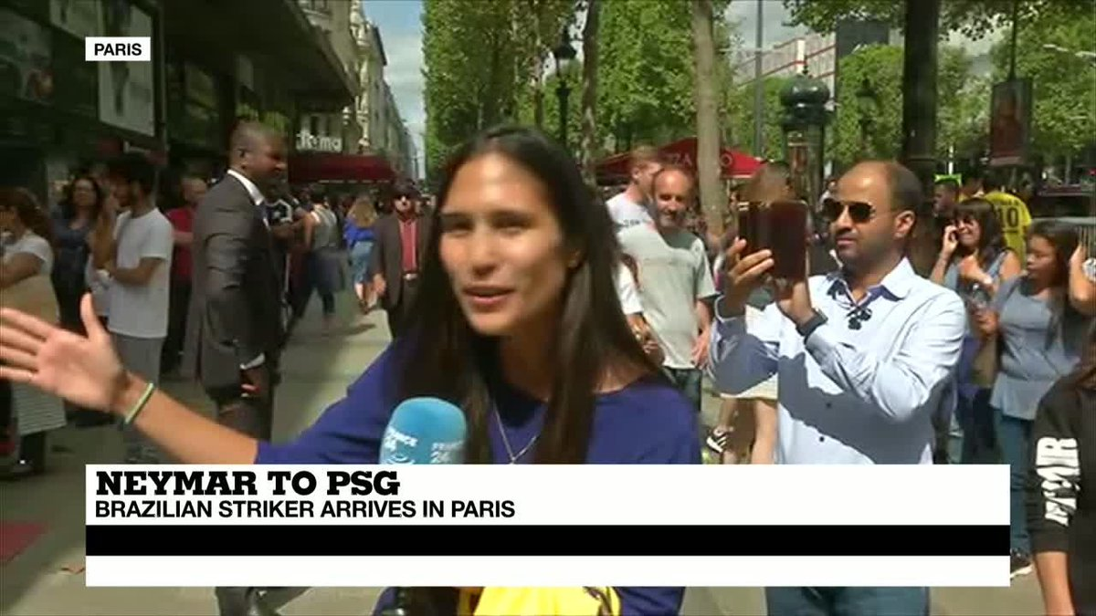 ?? Crowds gather to welcome Neymar to Paris