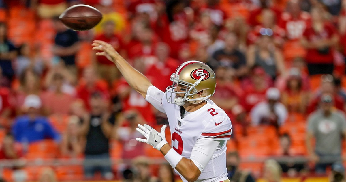 Hoyer is done for the night. @MattBarkley now in at QB. #SFvsKC https://t.co/b4w9yEk1cQ