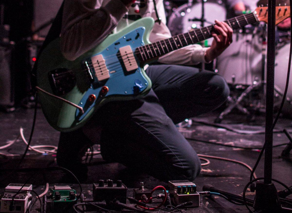 Who plays guitar? https://t.co/FqrAjZMfeV https://t.co/jjG7Bh4rNG