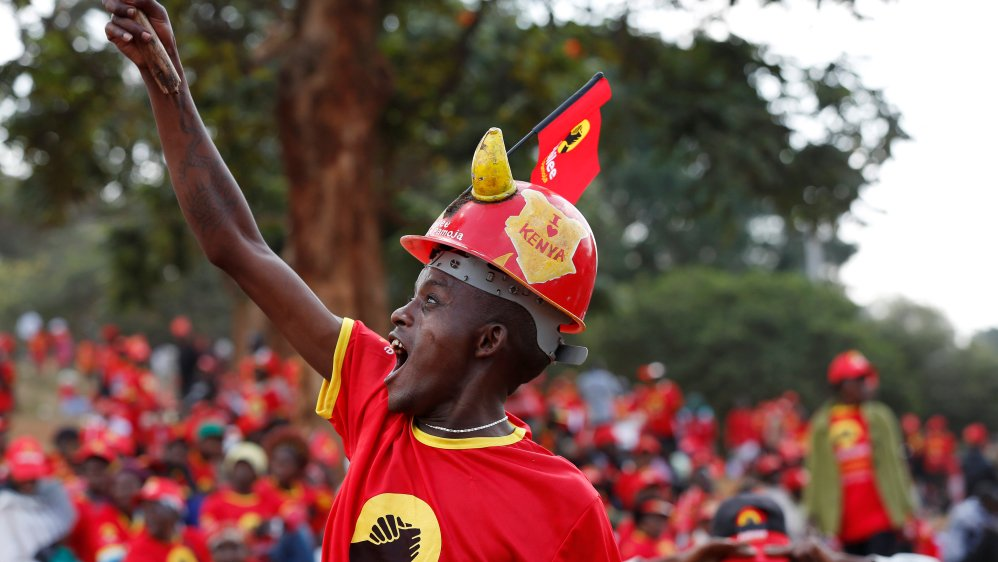 Kenya's rivals scramble for votes ahead of tight poll