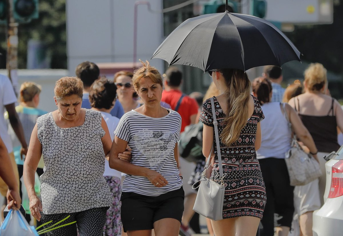 'Lucifer' heat wave keeps parts of Europe in red alert
