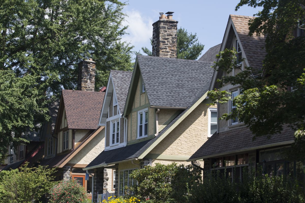Suburbs boast best real estate market since recession, but don't get too excited yet