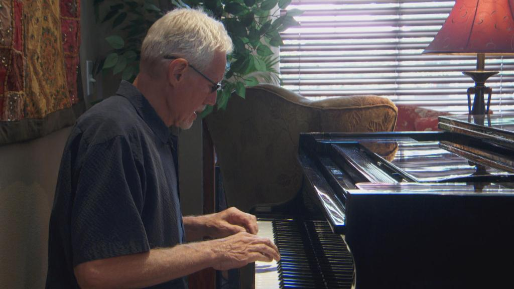 Oregon man with Alzheimer's on a mission to save music he composed for his wife: