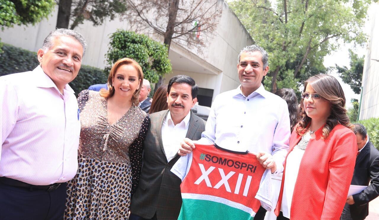 En el CEN del @PRI_Nacional refrendamos nuestro apoyo y respaldo a la @CNOPNacional. #XXIIAsambleaPRI #TuVozPRImero https://t.co/KoOzRdUOBt