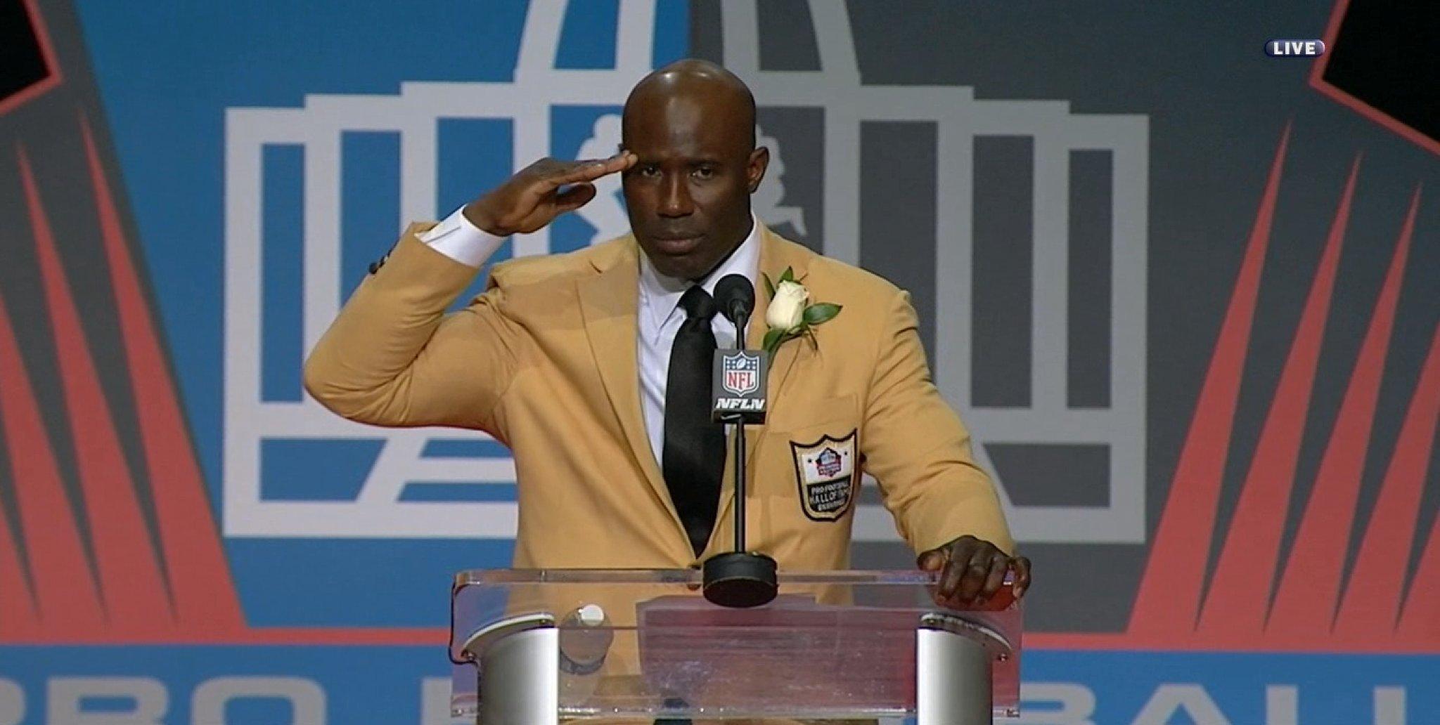 - Super Bowl XXXII MVP - 1998 NFL MVP - Hall of Fame  Memorable career for Terrell Davis. https://t.co/eeHZgCfK8J