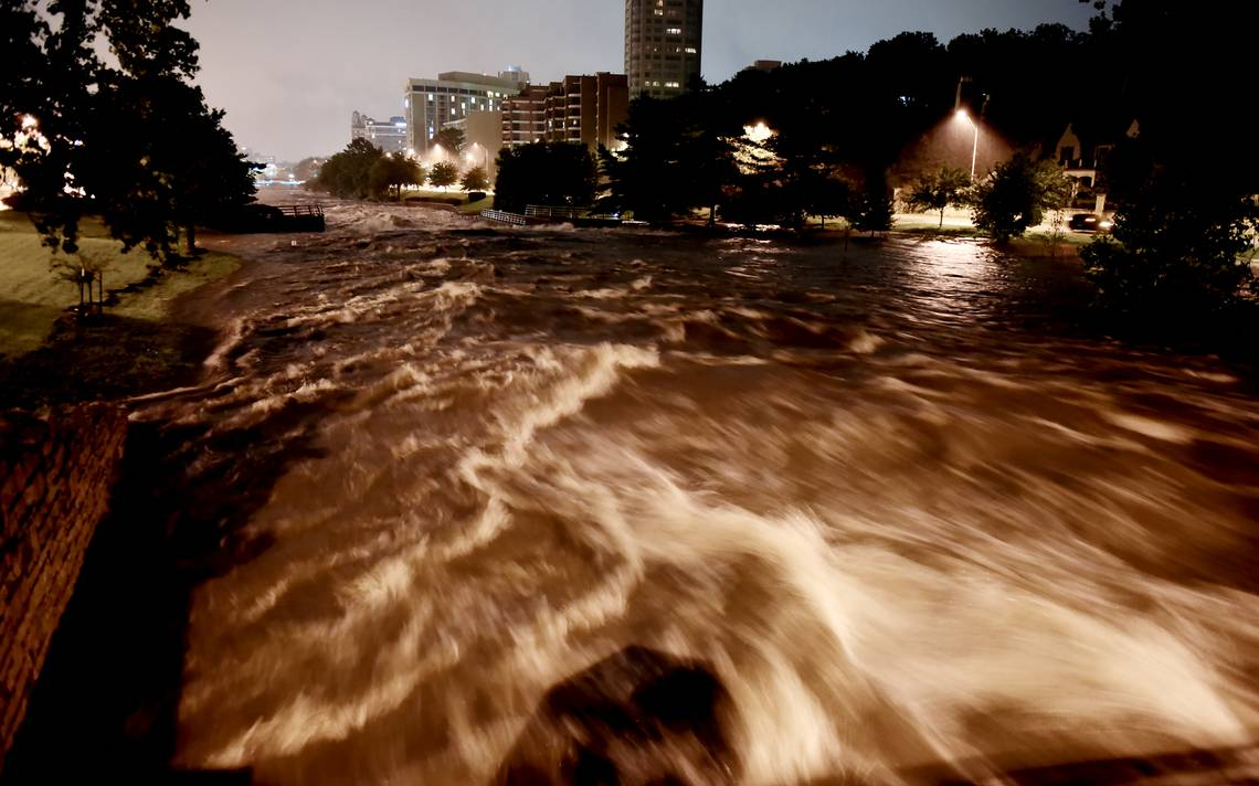 Torrential storms dump up to 5 inches of rain in KC area, causing flash flooding