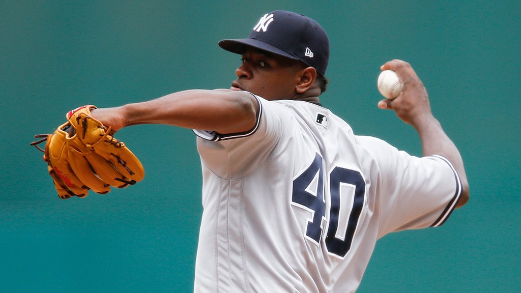 Seven strikeouts through 3 innings for Sevy. ��������  Top of the lineup due up! https://t.co/2hQ0S39Tg3