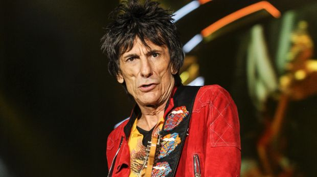 Rolling Stones' Ronnie Wood reveals lung cancer scare