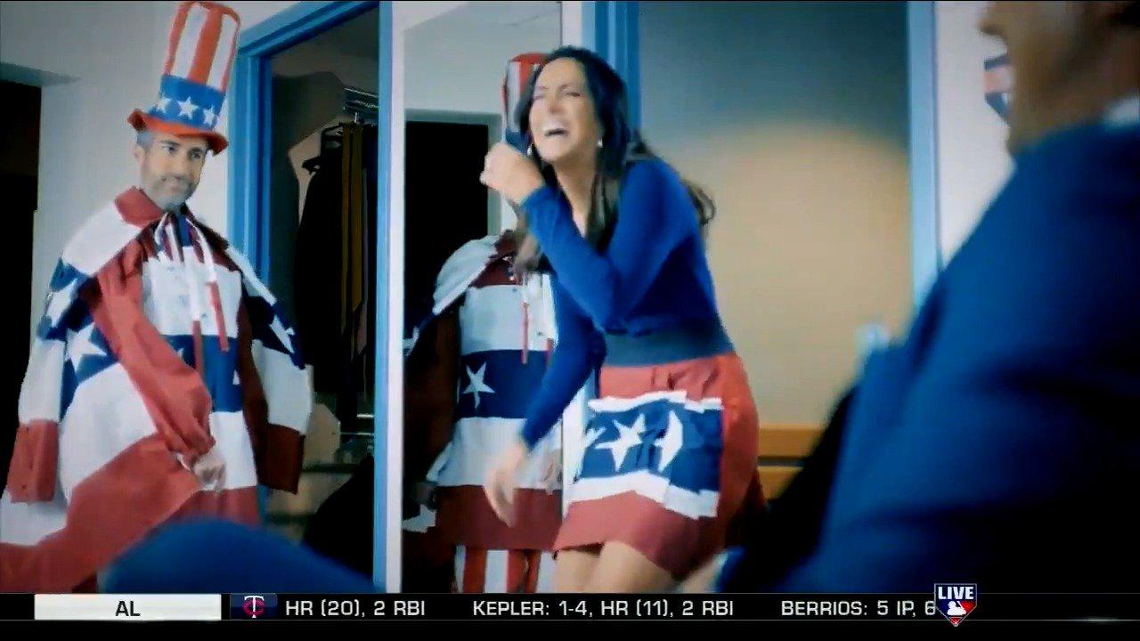 Matty V's always good for a laugh. #MLBCentral https://t.co/JIYXneYARU