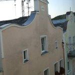 Riedenburg ('ridente borgo'). Hotel con vista tetti bavaresi.