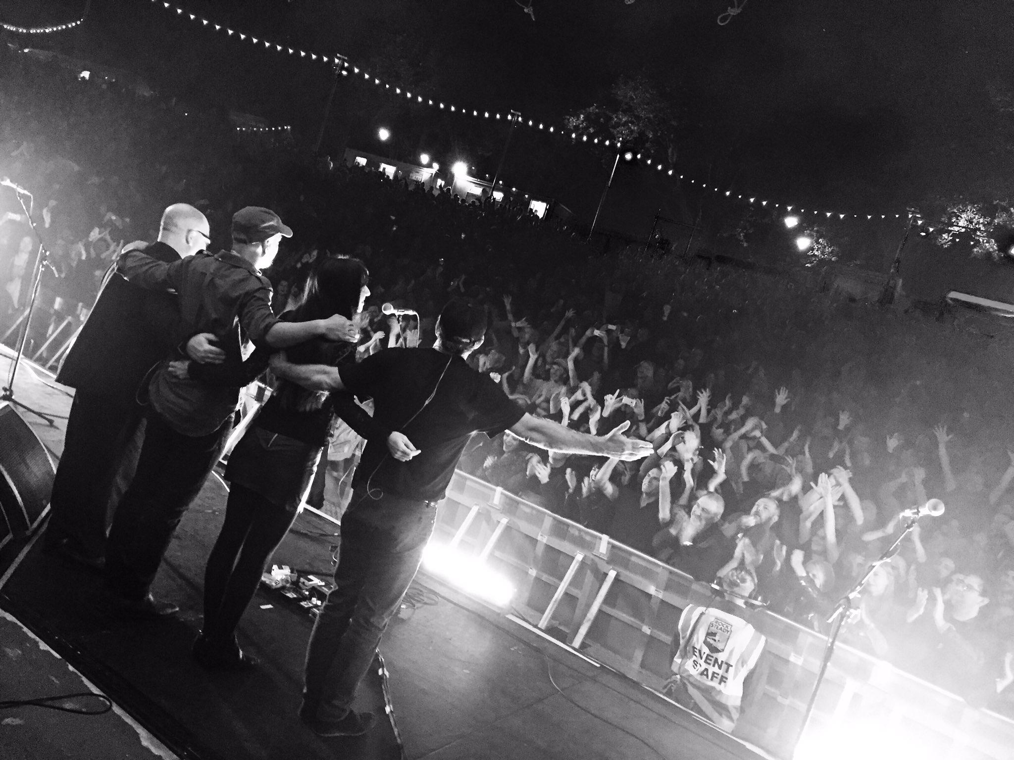 Thank you Glasgow....let's do it again tomorrow night ! https://t.co/xgH1TqZw3o