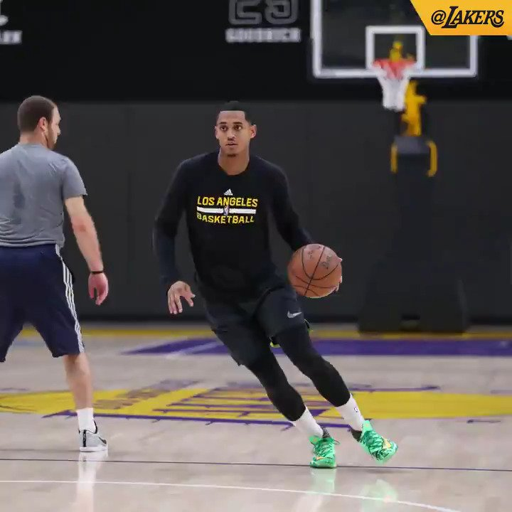 The fellas got down to business at the @UCLAHealthTC for the first time Monday �� #LakeShow https://t.co/17jYWov0cw