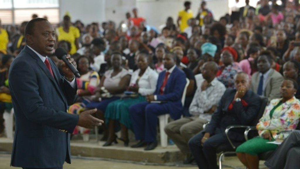 Kenya president urges peace on eve of tense election
