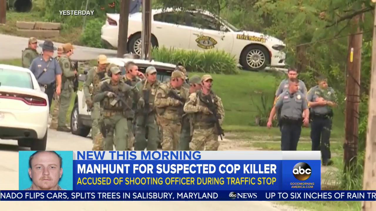 WATCH: Manhunt for suspected cop killer; accused of shooting officer during traffic stop: https://t.co/chpTV8o2VB https://t.co/FKlvskGX9L