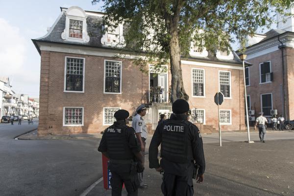 'Broers verdacht van beramen aanslag Suriname'