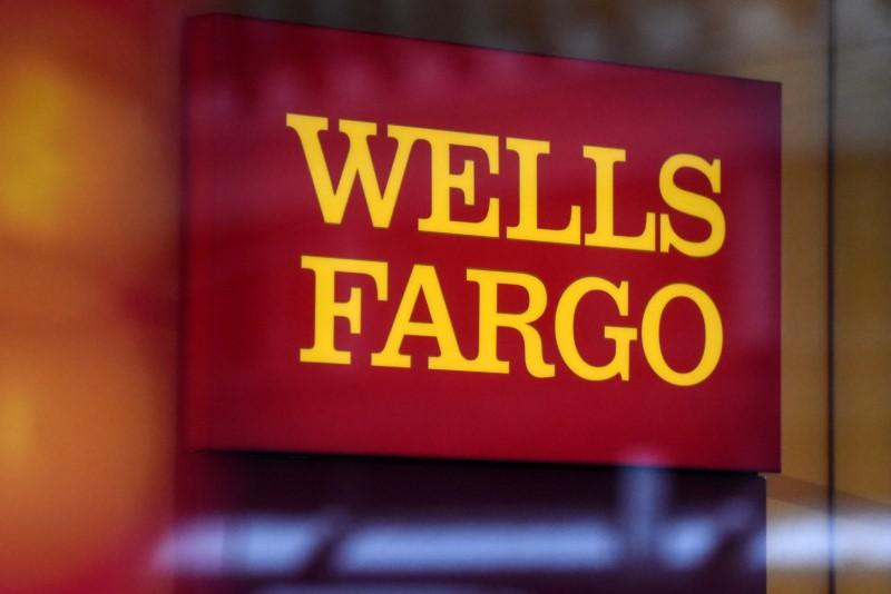 California insurance regulator to probe Wells Fargo over auto policies