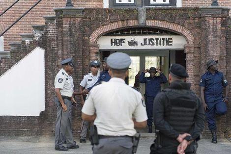 Advocaat mag bij Nederlandse terreurverdachten Suriname