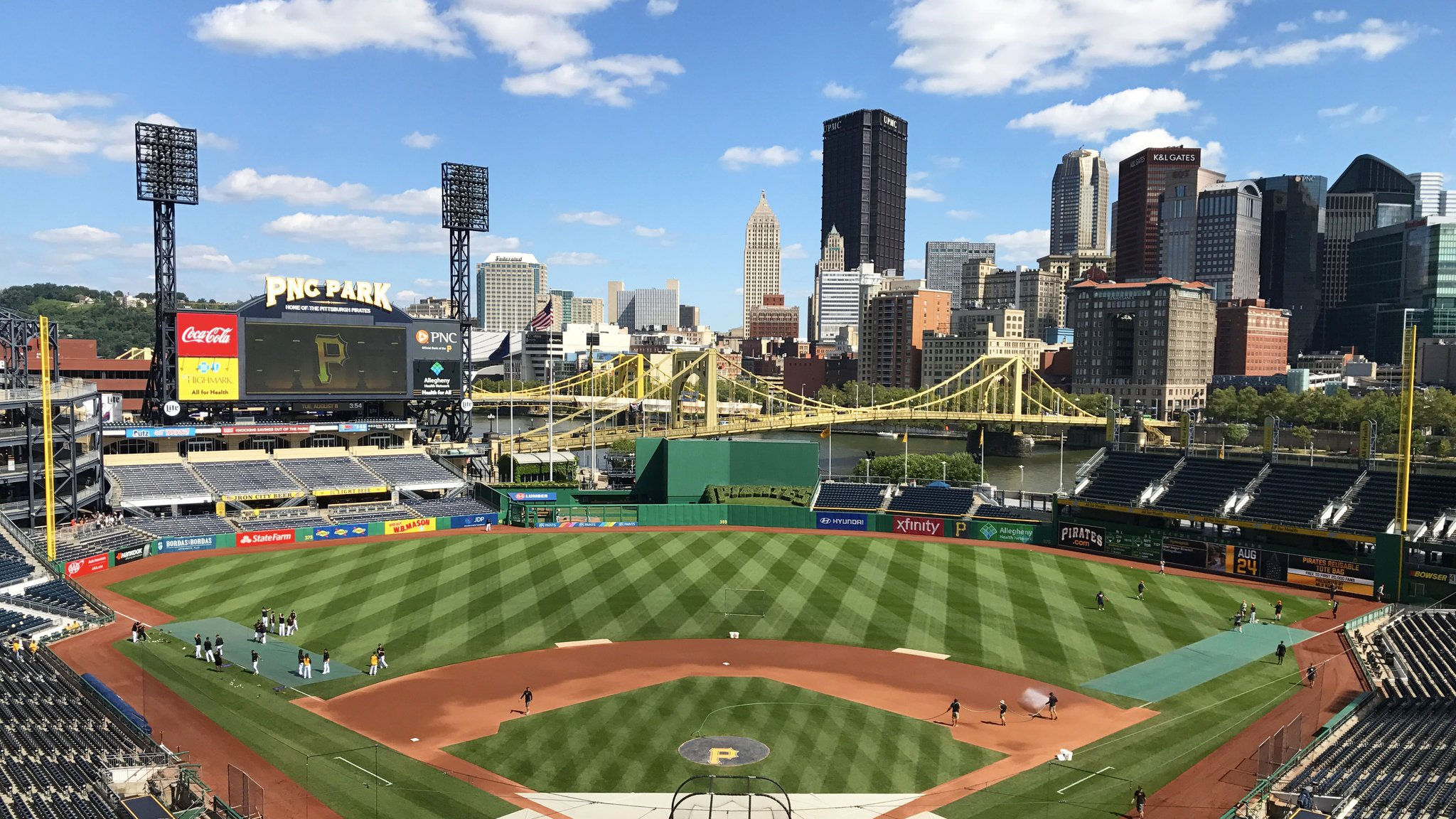 Did you hear the @Pirates have a nice ballpark? https://t.co/yLPYrJBGpr