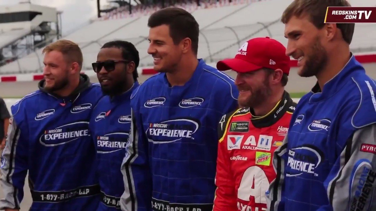 A day at @RichmondRaceway & #SkinsCamp with @DaleJr & the #Redskins (AKA Shake & Bake). https://t.co/HloQjM5ams