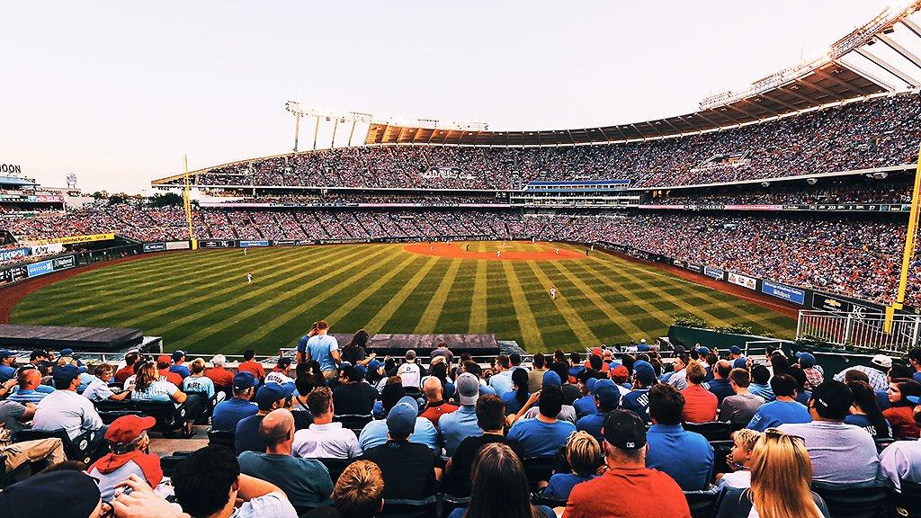 What a view. #BaseballSky https://t.co/uEOYjOcGFH