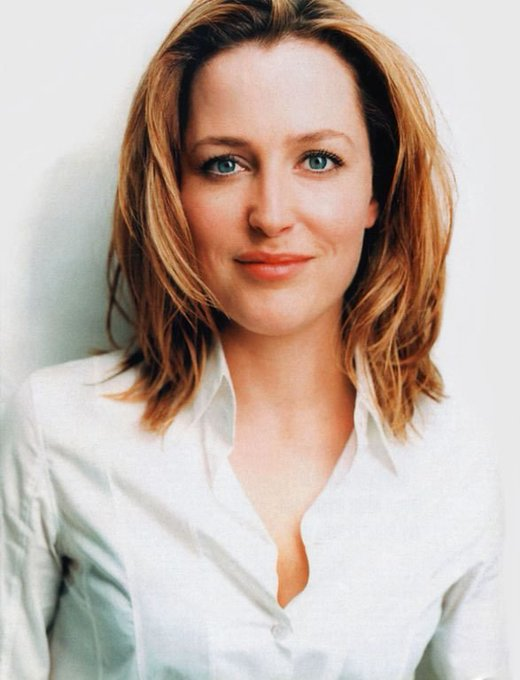 Happy Birthday Gillian Anderson