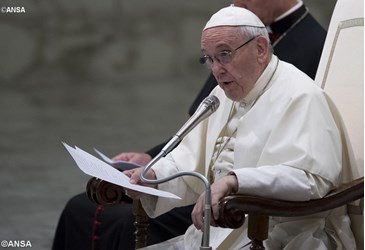 Pope Francis decries attack on Nigerian churchgoers, violence in CAR