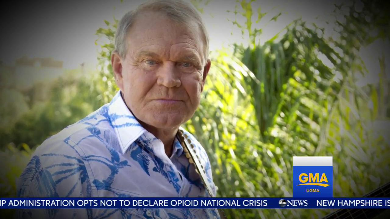 We look back on and celebrate the life of Glen Campbell, who passes away at the age of 81: https://t.co/E8lLCboQaC https://t.co/iGyoLcLxqB