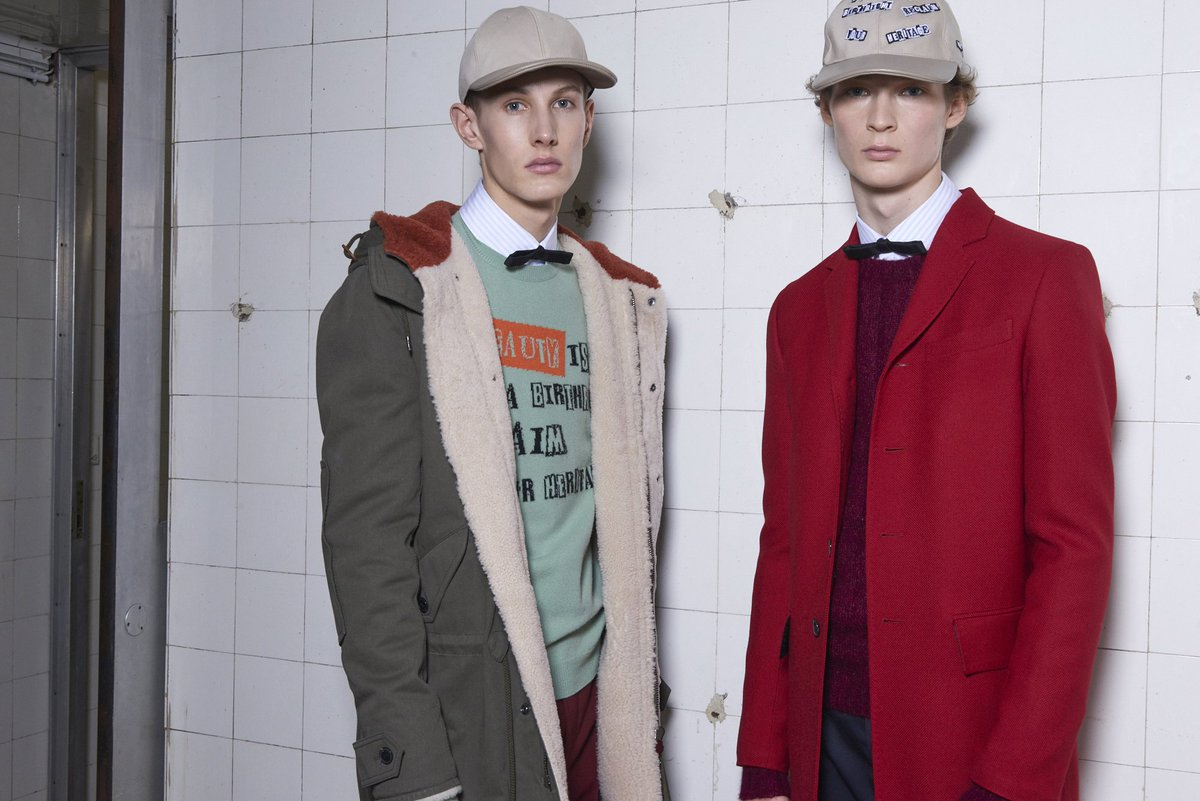For the Men's #FallWinter1718 Collection #PierpaoloPiccioli explores new cuts and colors. https://t.co/rwr9rilOi2