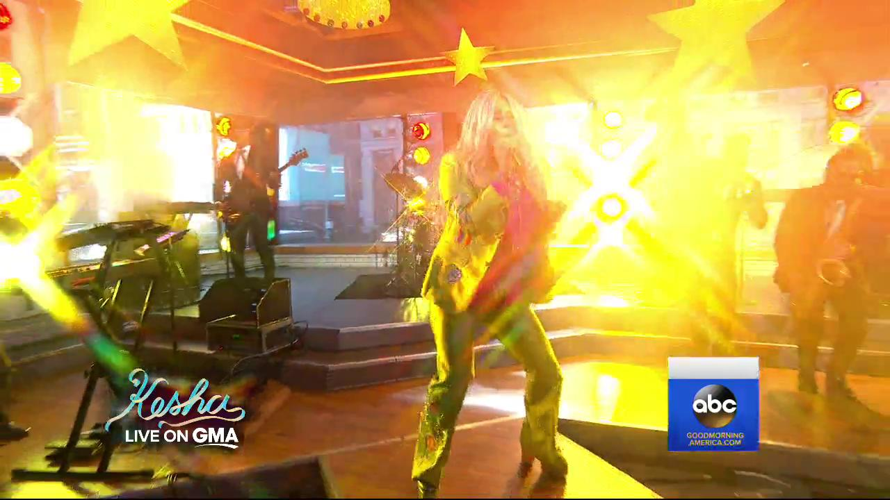 WATCH: @KeshaRose with a dynamite performance of 'Woman' LIVE on @GMA. https://t.co/jGJ0mfxdGD https://t.co/TEh64NAT4V
