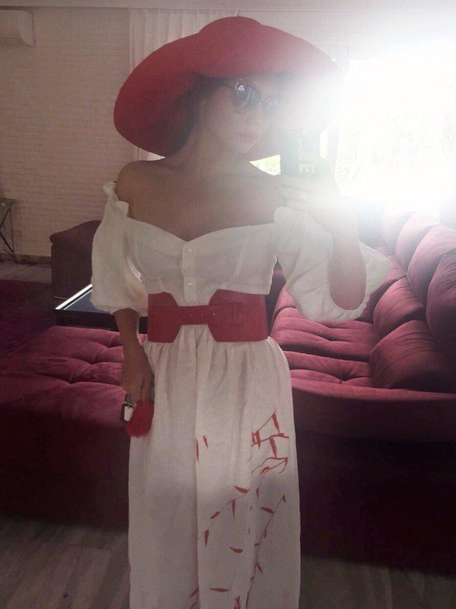 Сегодня #мамаЛяся в роли Красной Шапочки ???????? Девчонки, делюсь с вами лайфхаком: шляпа - это спасение от укладок ????✌???? https://t.co/Q8tR4Lsmo4