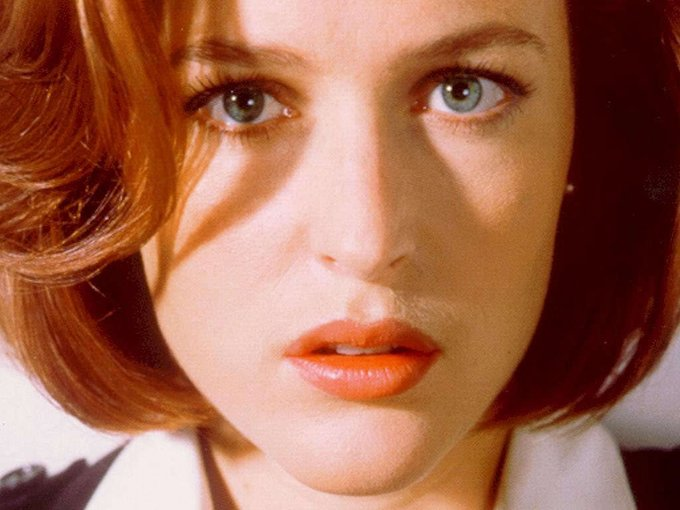 Happy birthday, Gillian Anderson!