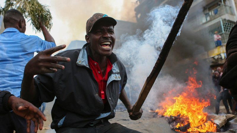 Deadly protests in Kenya as opposition alleges vote hacking