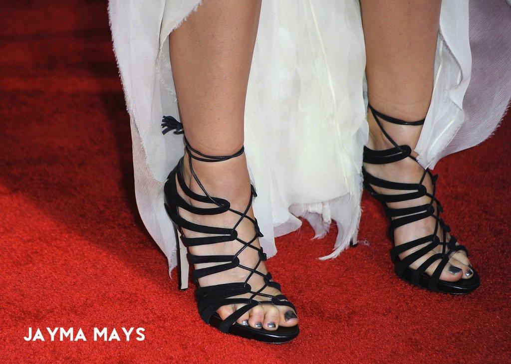 jayma mays feet