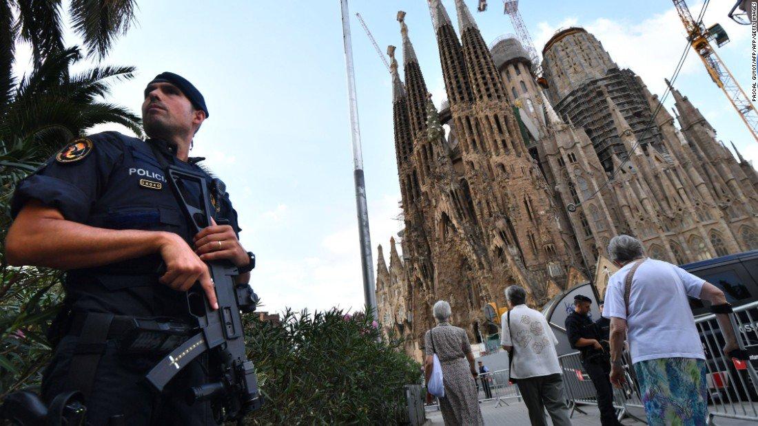 ISIS praises Barcelona terrorists, threatens more attacks in Spain