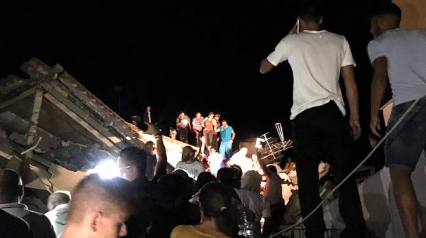 One dead after quake hits Italy holiday island