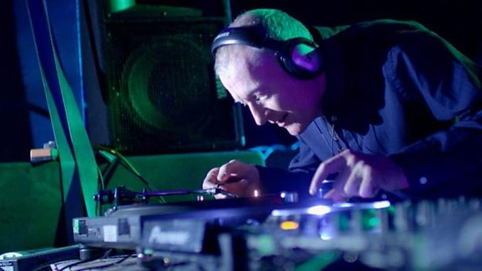 - 6 World Championships  - 4 UK Championships  - 1 Sick DJ  Happy Birthday to the legendary Steve Davis