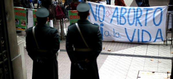 Chile despenaliza el aborto; paso histórico para AL