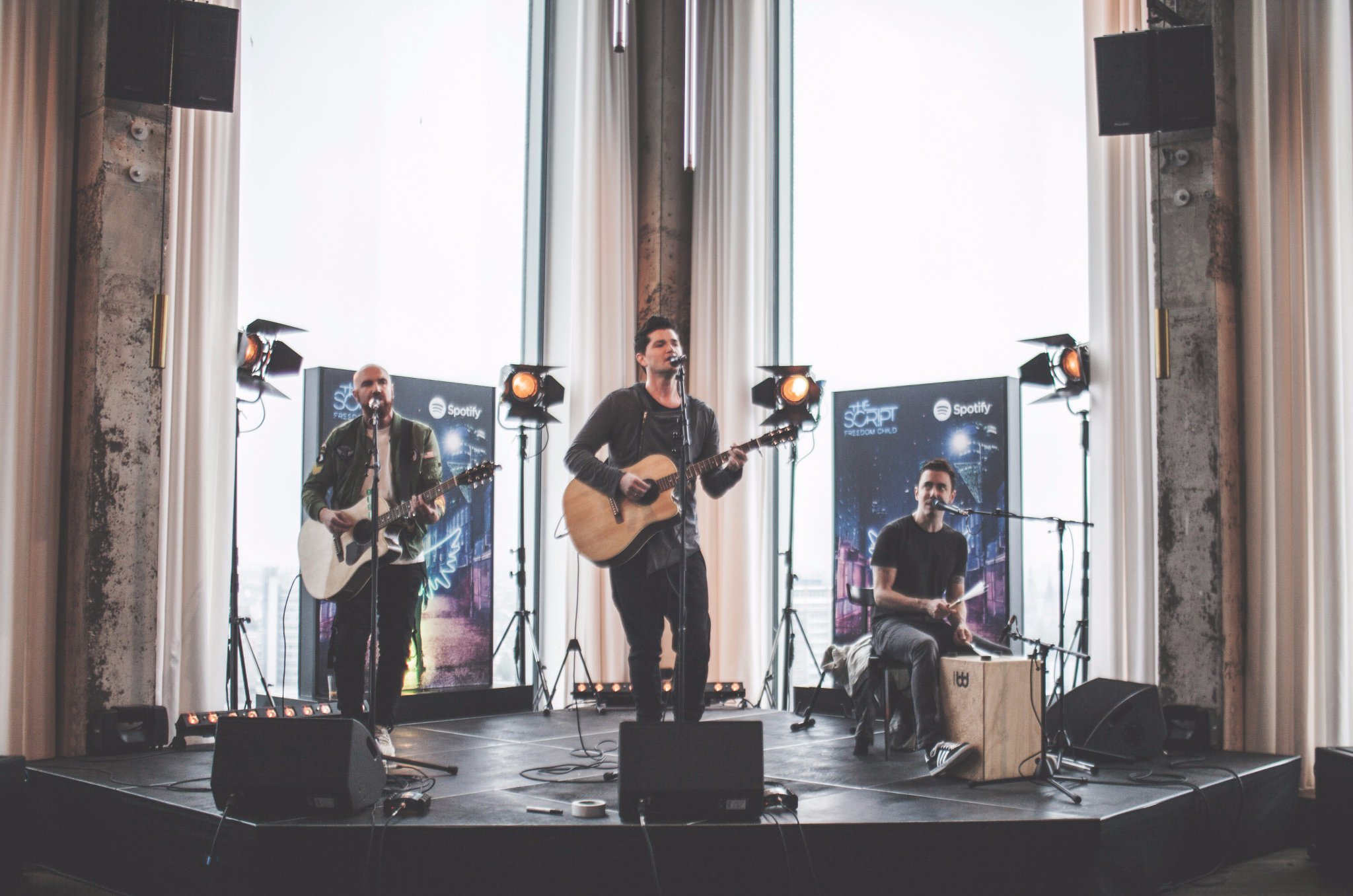 We had a blast playing for our Dutch @Spotify fans during our #SpotifyFanFirst event last week! https://t.co/nhOOYs1EzV