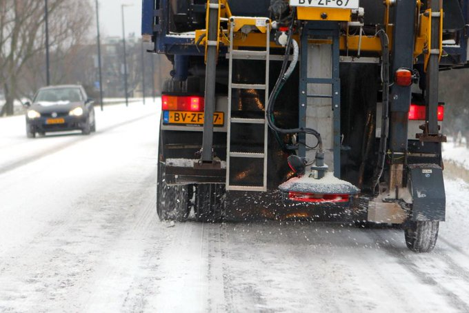 Rijkswaterstaat vult zoutvoorraad winter aan https://t.co/v0Yywql33O https://t.co/Filz53VsRH